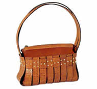 Fashionable handbag in crocodile leather